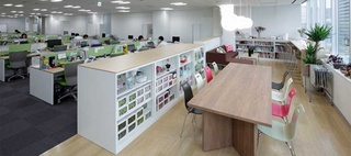 Suntory Flowers Limited / Okamura's Designed Workplace Showcase