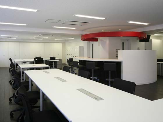 TECHTUIT CO.,LTD/【Office area】All the office area lighting uses LED lights.