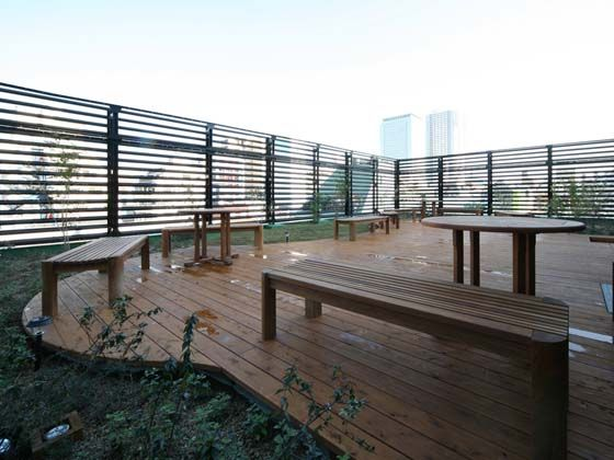 TECHTUIT CO.,LTD/【Rooftop】The rooftop garden reduces environmental impact and provides a place for employees to take a break.