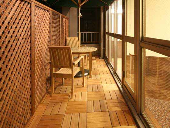 Financial Club inc./【Break area】There is latticework and umbrellas, and the area can also be used for smoking.