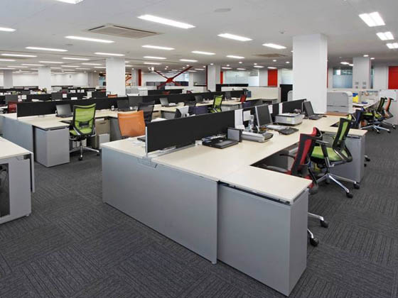 ABB Bailey Japan/【Office area】A simple, functional office space.