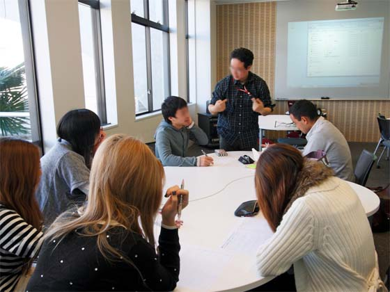 Kaetsu University/【Separate instruction for groups】Separate instruction for groups Private lectures are given on different topics for each group.