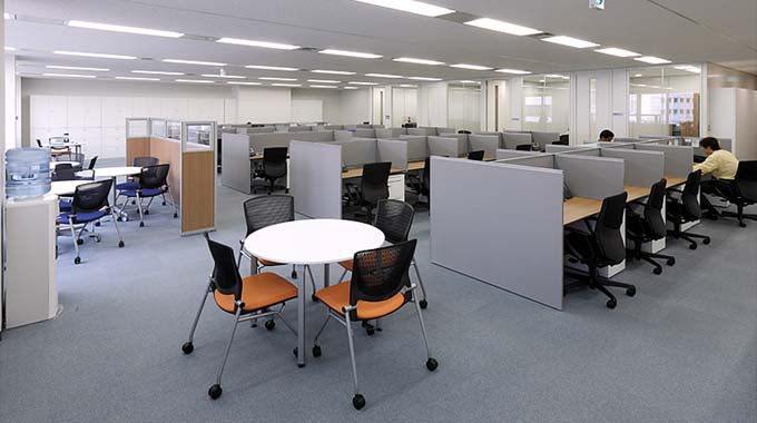 HCL JAPAN LTD./【Office area】A Non-Territorial Office comprised of a comfortable space.