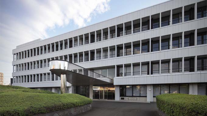 MS & AD Systems Company, Limited/【Exterior view of the building】The building facing Inokashira Street