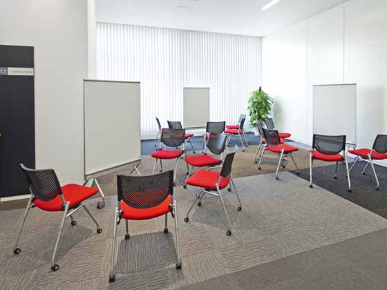 Fuji Xerox Learning Institute Inc./【Co-working space】Suitable for a variety of communication styles