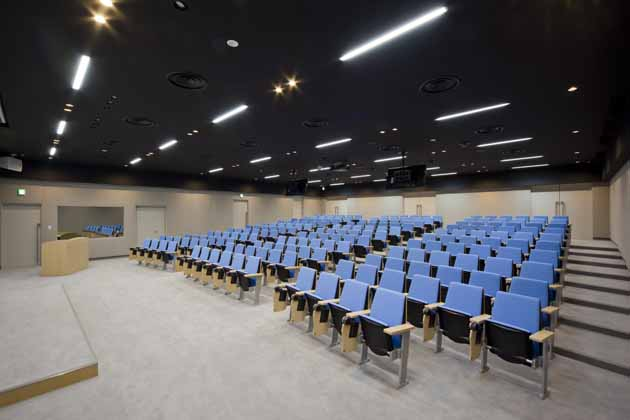 Tokyo Electron Miyagi Limited/【Presentation room】This is a theater-type presentation room which can seat approximately 200 people.