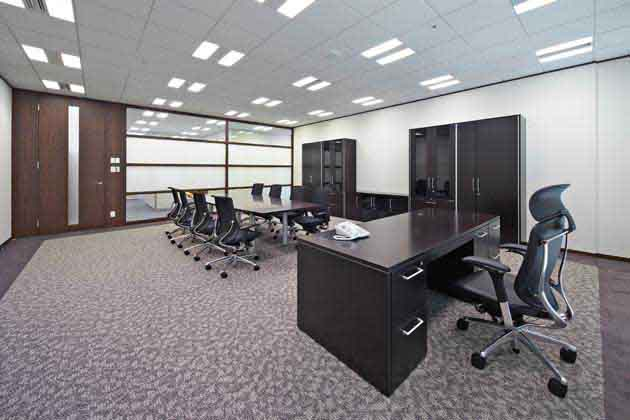 Nippon Meat Packers, Inc./【Executive area】An executive room with a dark wood grain interior and calm atmosphere