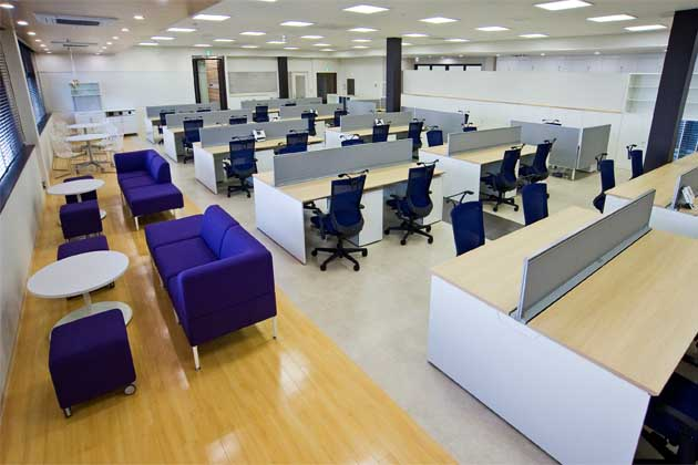 SHIMADZU LIMITED/【Office area】A flexible layout adopting the universal plan approach