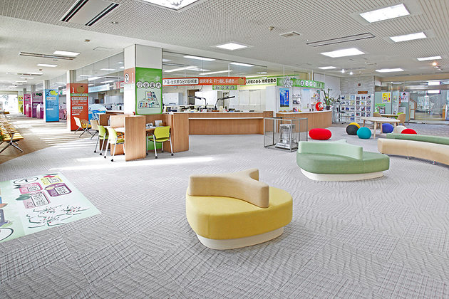 Town of Matsukawa in Nagano Prefecture/【Multi-purpose lobby】A comfortable space for a variety of uses.