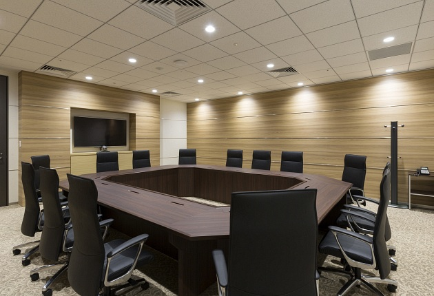 Group Holdings/【Executive conference room】A full complement of AV equipment is provided in the executive conference room.