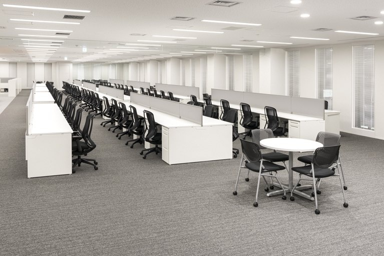Origin Electric Co., Ltd./【Work space (Technical Head Office)】The open and flexible work space can accommodate future organization changes, personnel moves, etc.
