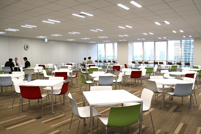 Ebara Foods Industry, Inc./【Lounge】Group company shared space situated in the central area between group companies.